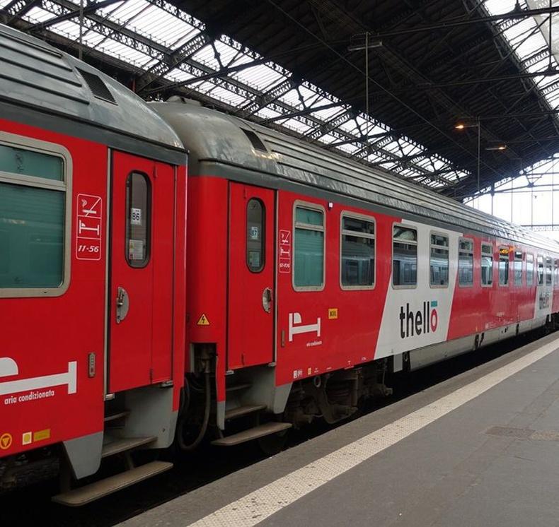 """Италийн унтлагын галт тэрэг """"Thello"""""""