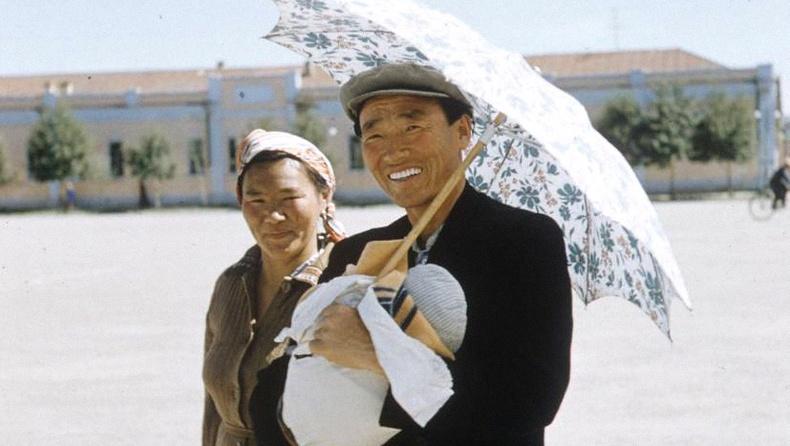 64 жилийн тэртээх Монголчууд Герман зурагчин бүсгүйн дуранд... (40 фото)