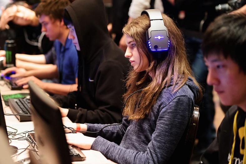 Дэлхийн хамгийн шилдэг эмэгтэй тоглоомчид