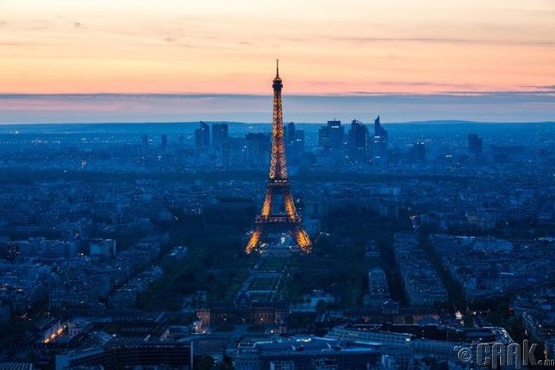 Парис хот, Франц улс