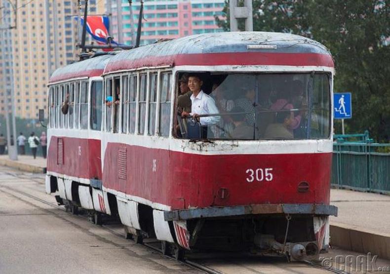 Улаан трамвай, Пхеньян -2012 он