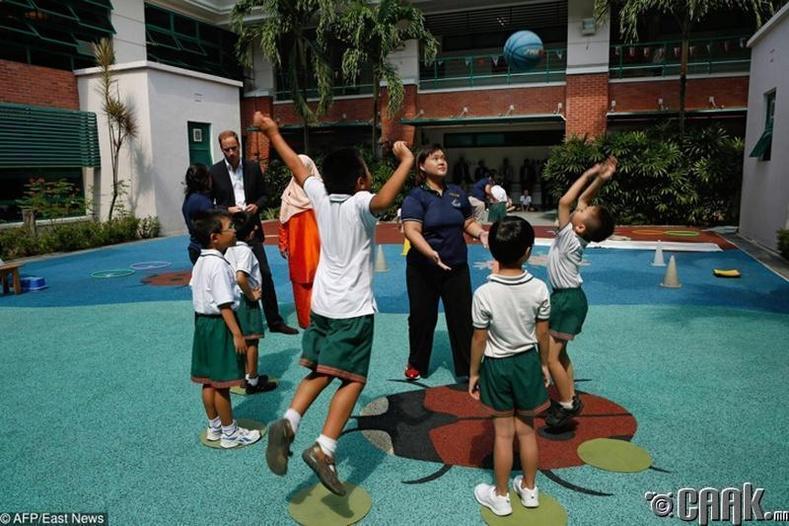 Сингапур: Бодит байдалд тавтай морил