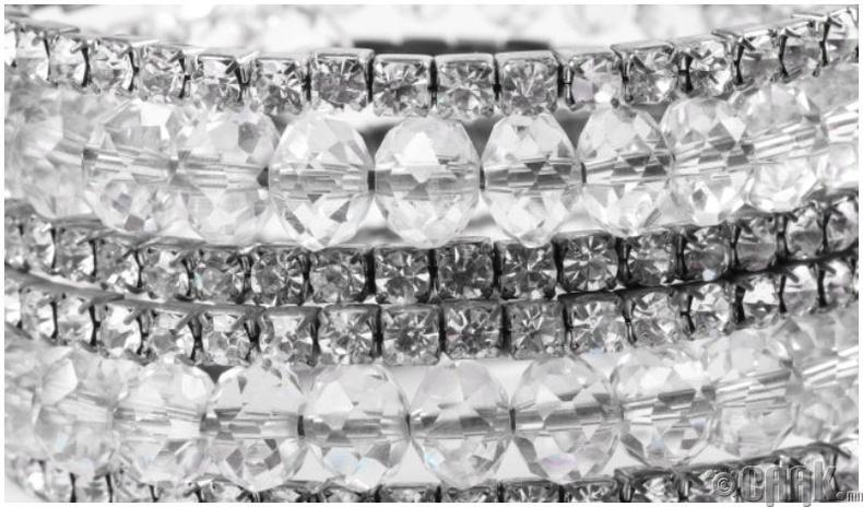 Очир алмас — Грам нь 55,000 ам.доллар