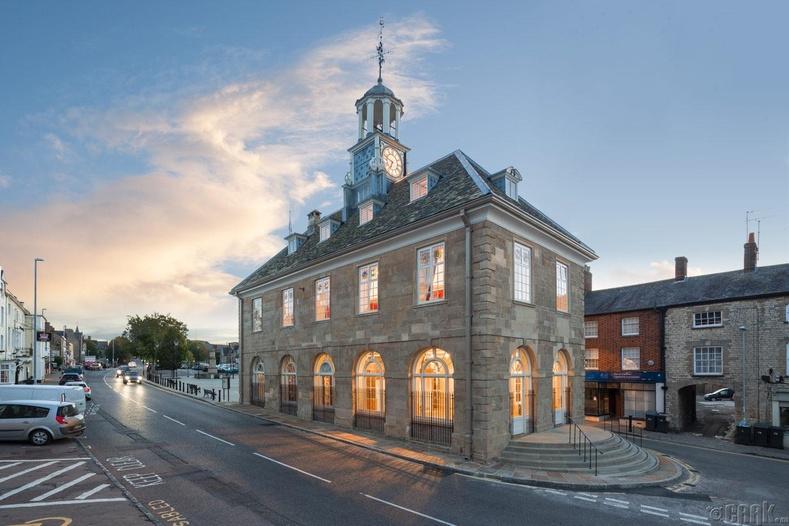 Браклей хотын захиргааны байшин (Brackley Town Hall)
