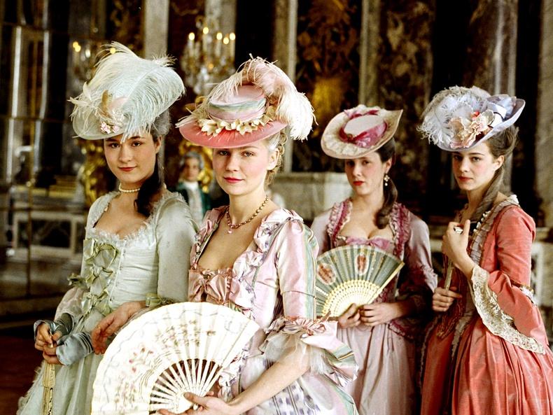 """Оскарын """"Шилдэг хувцасны дизайн"""" шагналыг хүртсэн кинонууд"""