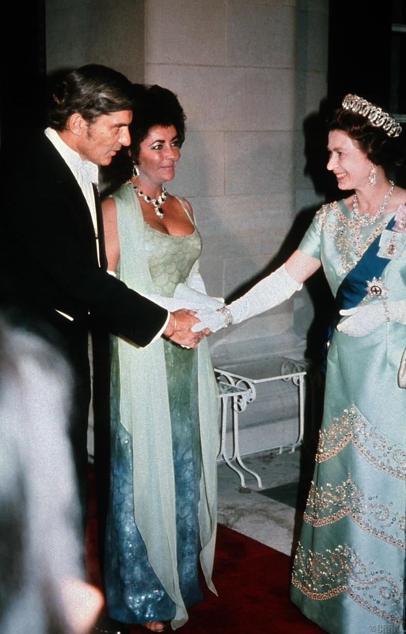 Элизабет Тайлор болон түүний нөхөр Ричард Бартон,1976 он