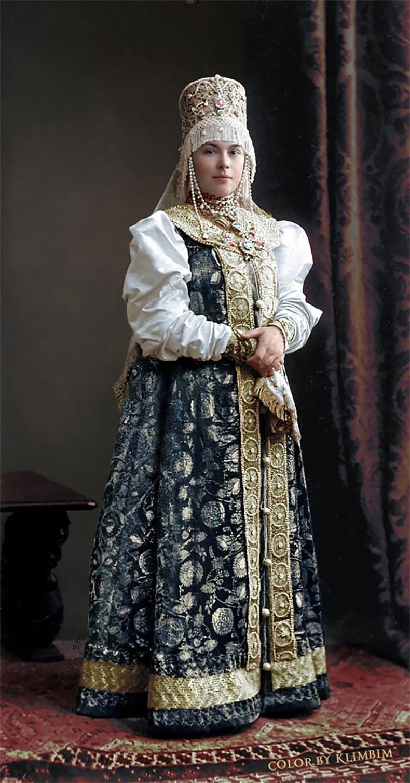 Гүнгийн авхай Наталья Карлова