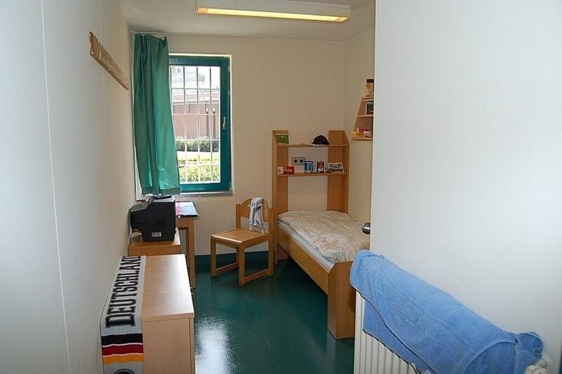 Олдербургийн хорих, Герман