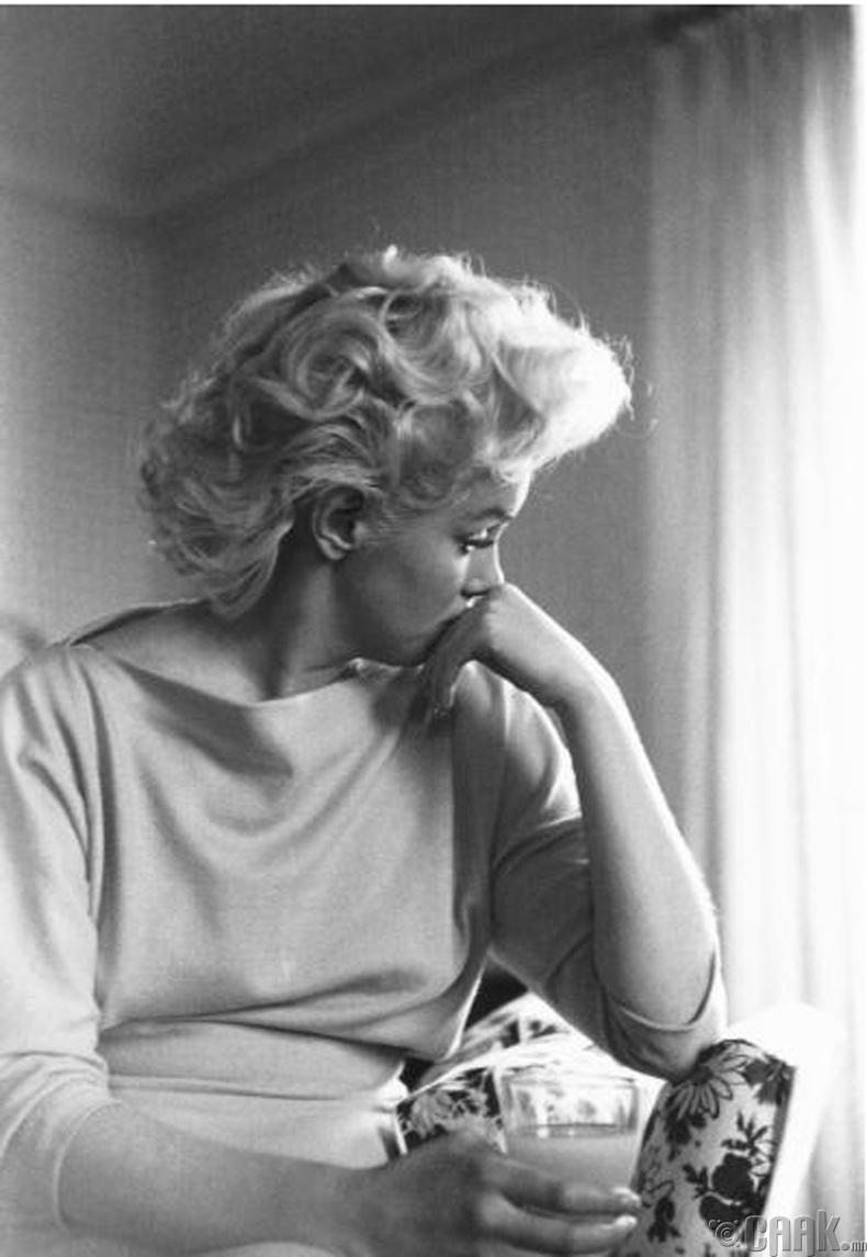 Жүжигчин Мэрилин Монро (Marilyn Monroe) - 1955 он