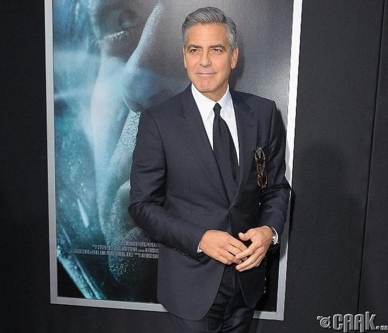Жорж Клуни (George Clooney): Гараа үрэх