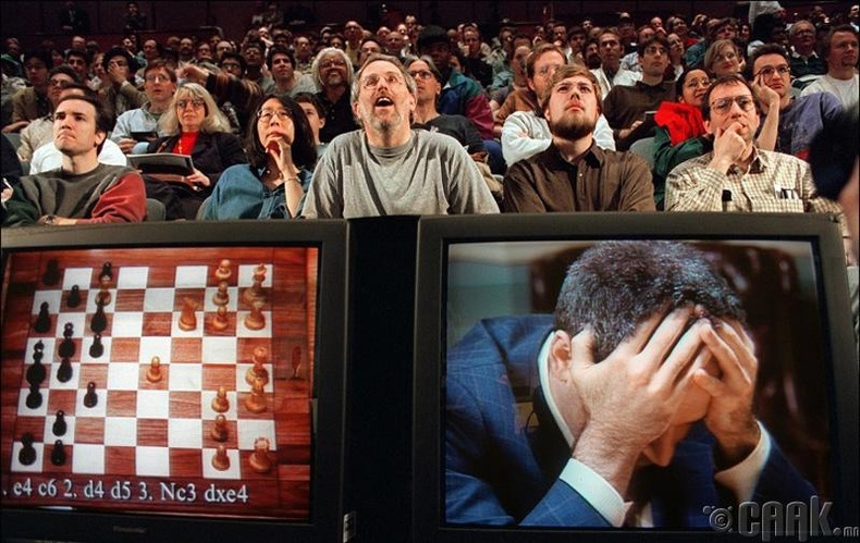 "Гарри Каспаров ""Deep Blue"" програмд ялагдсан нь, 1997 он"