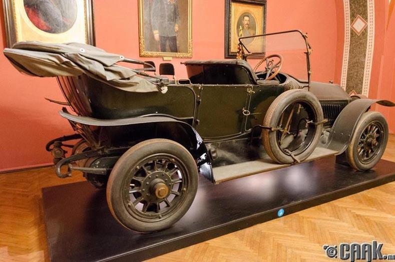 Франц Фердинандын лимузин