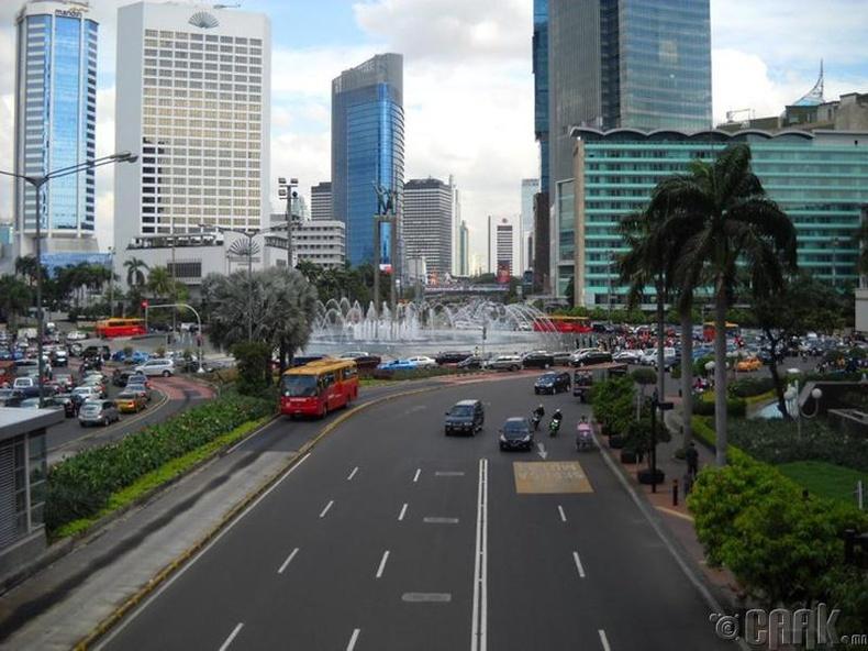 Жакарта, Индонез