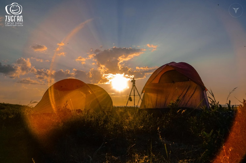 """""""ТУСГАЛ"""" бүлгэмийн 3 жилийн ойд зориулсан Монгол зургууд"""