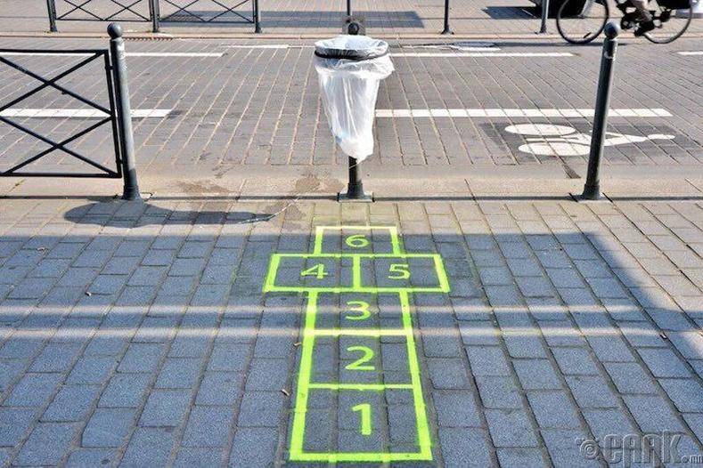 """""""Хогийн савыг анзаарахгүй өнгөрөөж болохгүй"""" - Парис хотод хийгдсэн туршилт"""