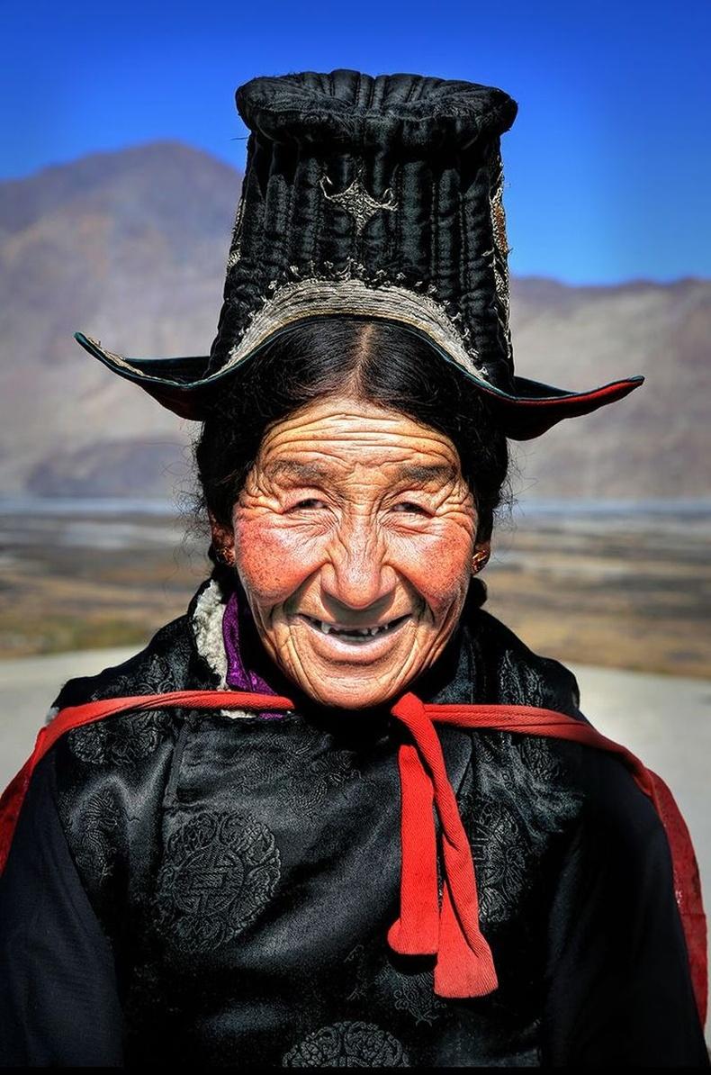 Ладах эмэгтэй, Энэтхэг