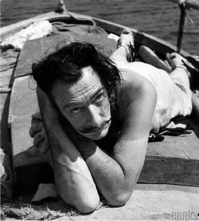 Зураач Салвадор Дали (Salvador Dali) - 1953 он