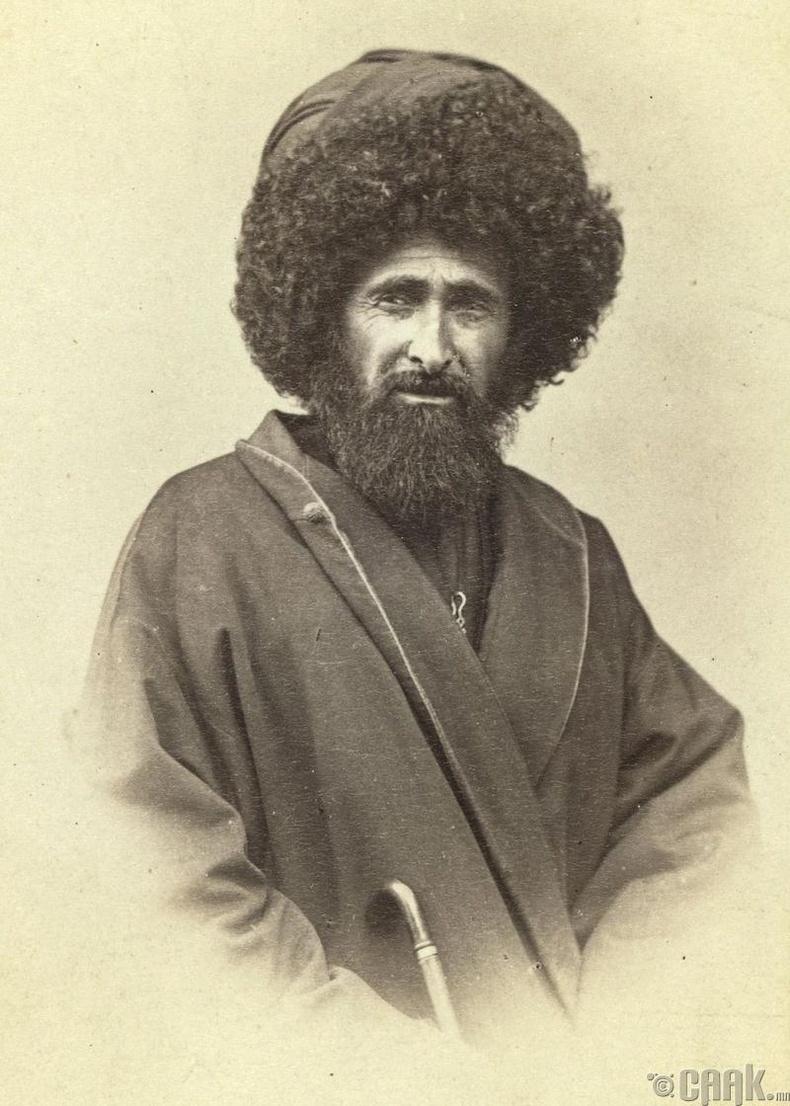 Тбилисийн нэгэн сүмийн Муеззин