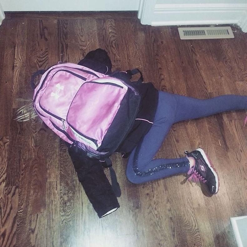 Аль хэдийнээ 7 нас хүрсэн охин маань сургуульд сурахад бэлэн биш байгаа бололтой.