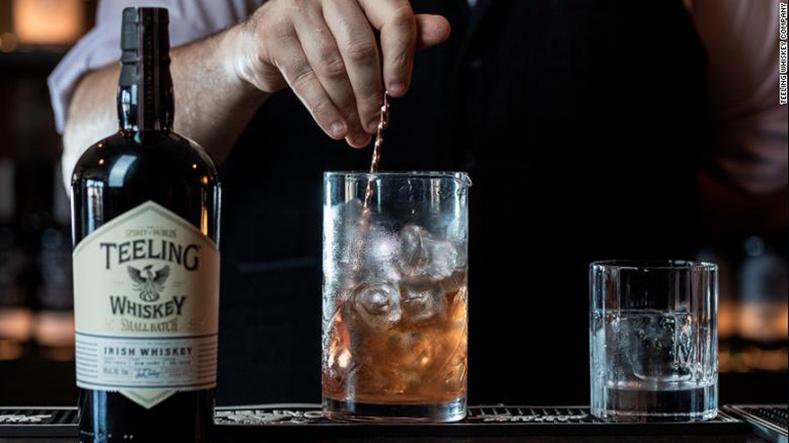 Ирланд вискиний дахин сэргэлтийн түүх