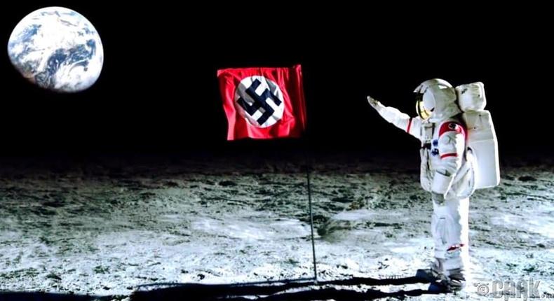 Нацистууд анх саран дээр хөл тавьсан