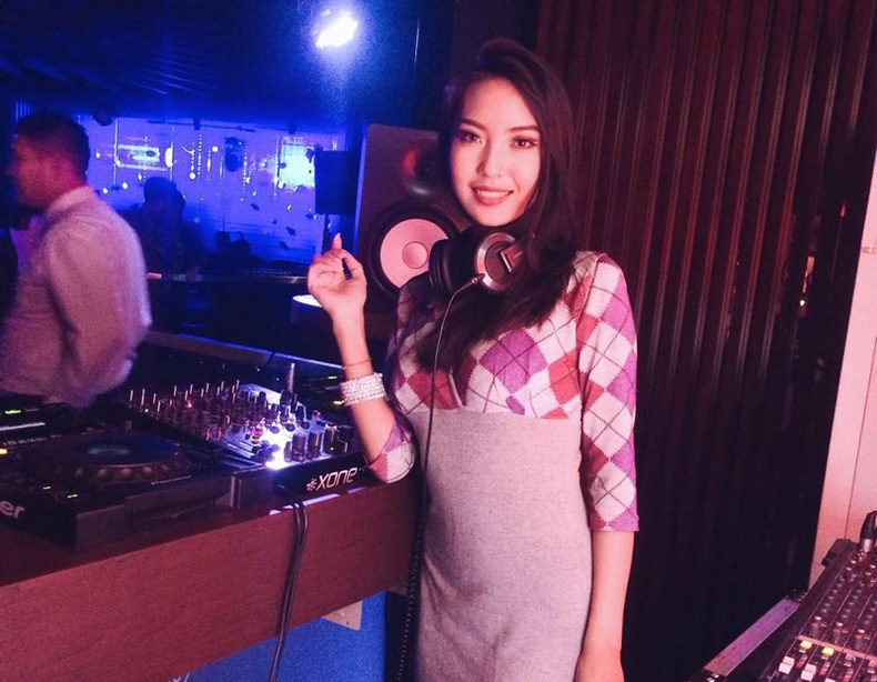 """Азийн хамгийн халуухан """"DJ"""" охид"""