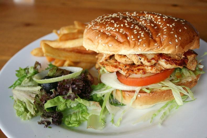 Тахианы махаар Бургер хэрхэн хийх вэ?