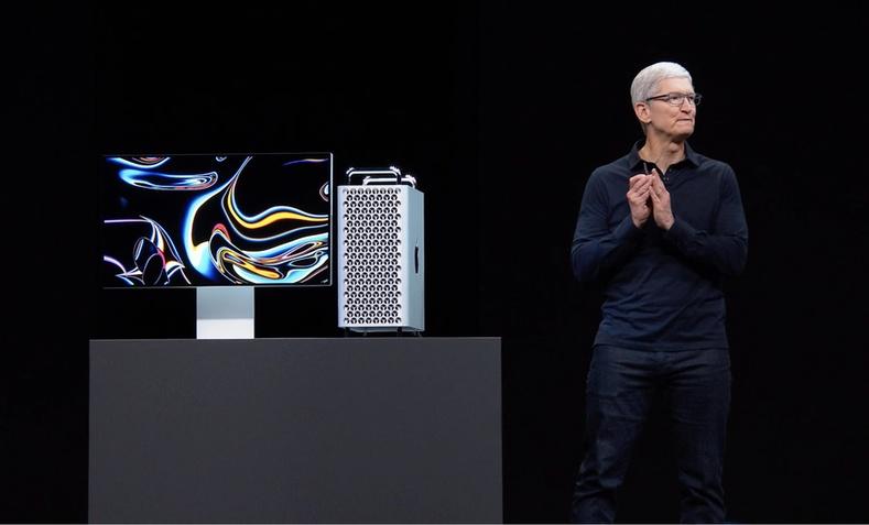 """""""Apple"""" компани шинэ бүтээгдэхүүнүүдээ танилцууллаа"""