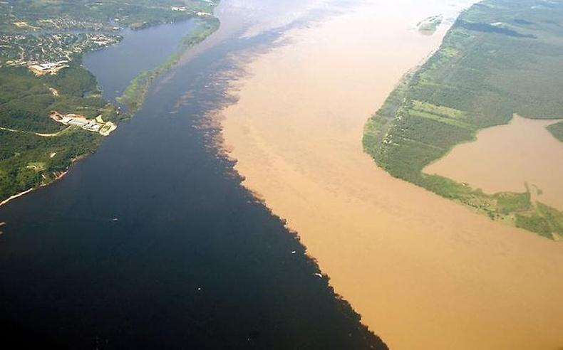 Рио Негру болон Солимоес гол
