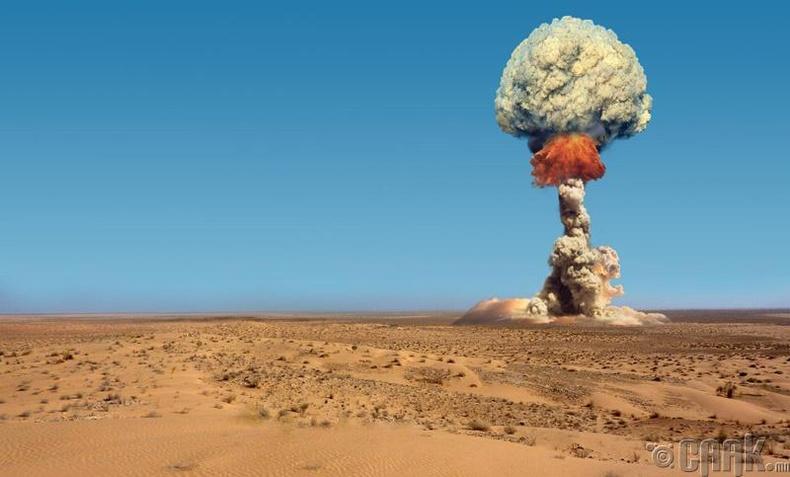 Цөмийн зэвсэг зохион бүтээх онолыг бий болгосон Альберт Эйнштейн