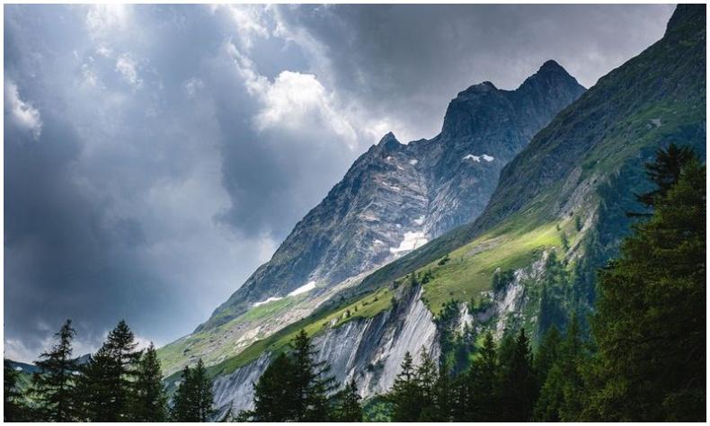 Байгаль дэлхийн гоо үзэсгэлэн гэрэл зурагчин Роберт Доулманы дуранд... (40 фото)