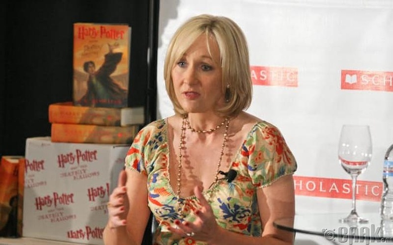 Жэй Кэй Роулинг (J.K. Rowling)