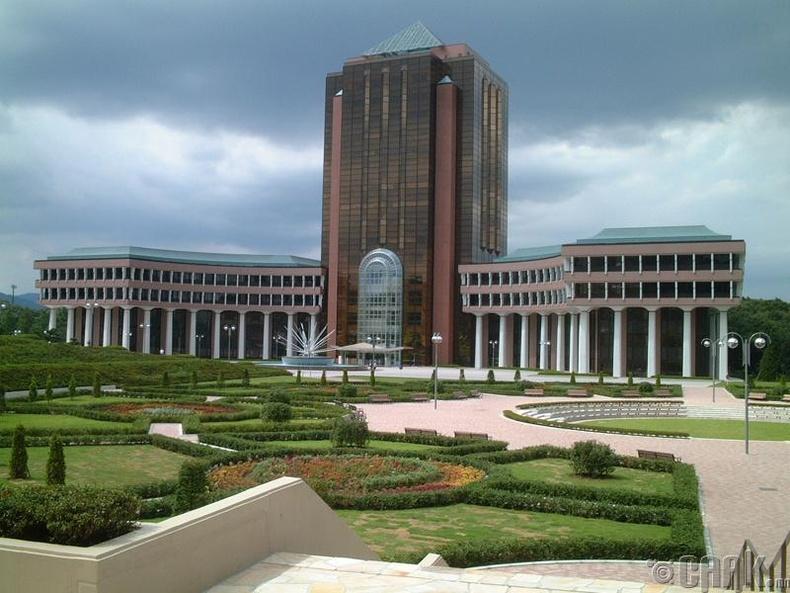 Токиогийн Их Сургууль (The University of Tokyo)