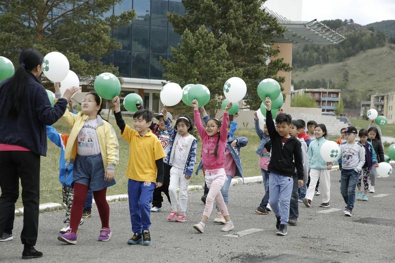 """""""Би ногоон дэлхийн хүүхэд"""" төслийн хүрээнд жилд 40 мянган хүүхдэд байгаль экологийн мэдлэг олгоно"""