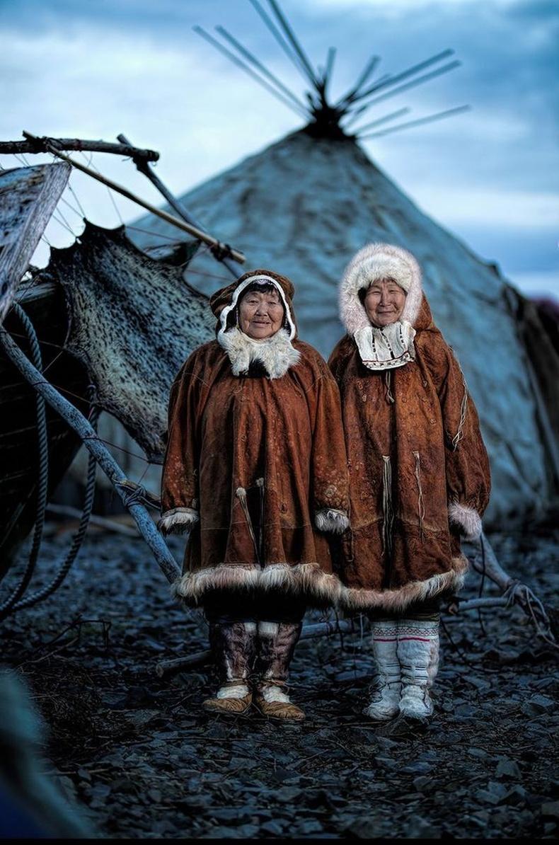 Чукоткийн өөртөө засах тойргийн эмэгтэйчүүд, Сибирь
