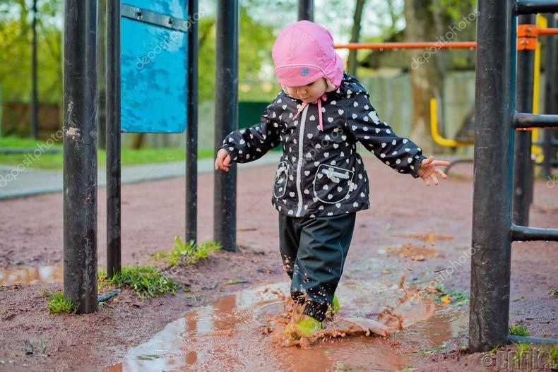 Шороон дээр тоглох нь хүүхдийн дархлааг сайжруулдаг