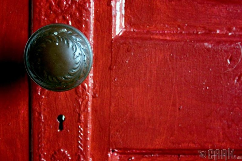 Хаалганы бариул, унтраалга