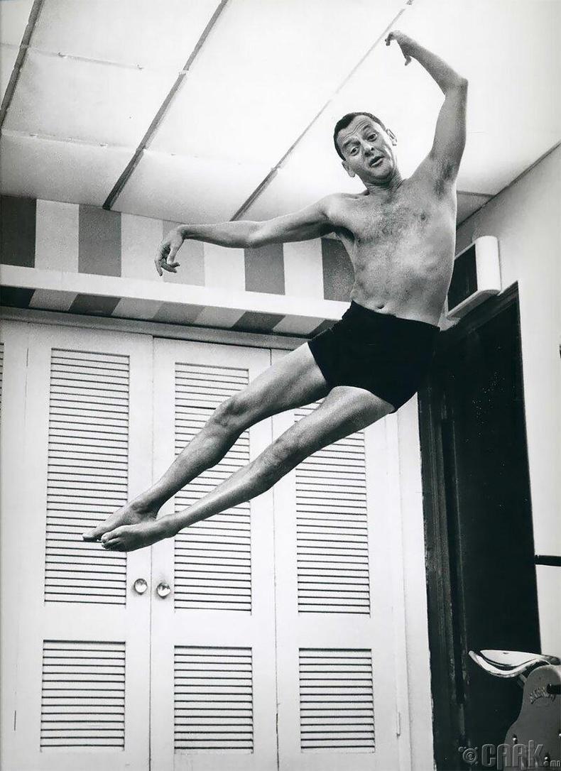 Тони Рэндалл, 1965 он
