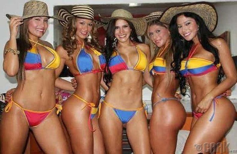Колумб: Сайхан өгзөг хэзээ ч буруудахгүй