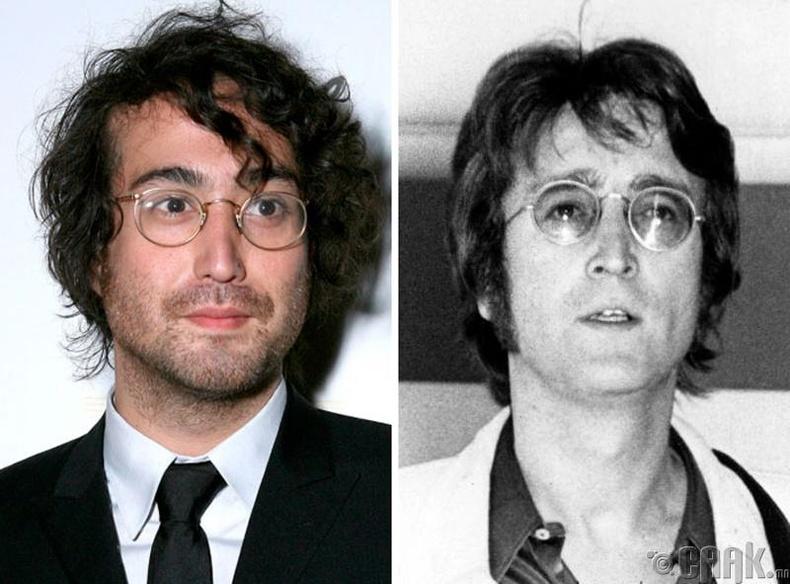 Шон Леннон (Sean Lennon) болон дуучин Жон Леннон (John Lennon)