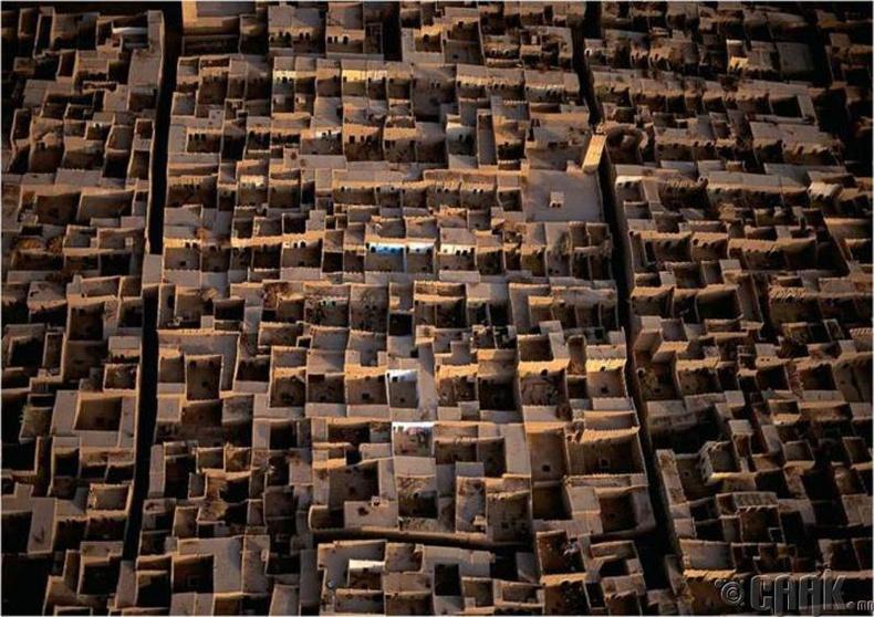 Дайсны бүслэлтэнд бэлдэж буй тосгон, Марокко