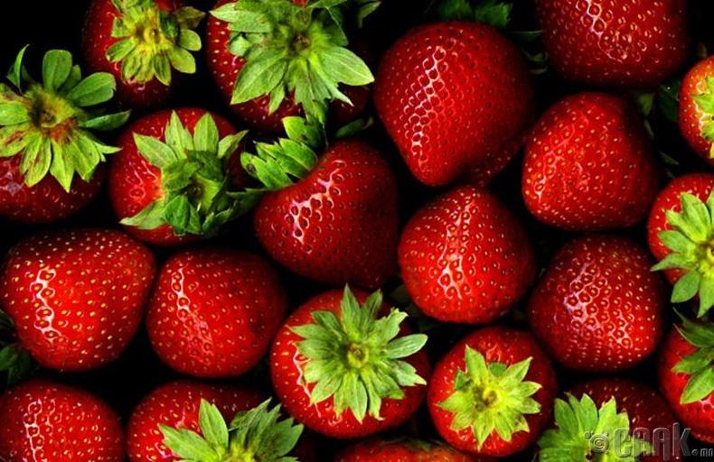 "Гүзээлзгэнэ бол ""berry"" жимс биш"