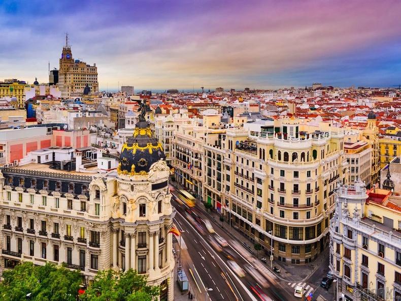 Испани улс, Мадрид - 46.9% нь дээд боловсролтой