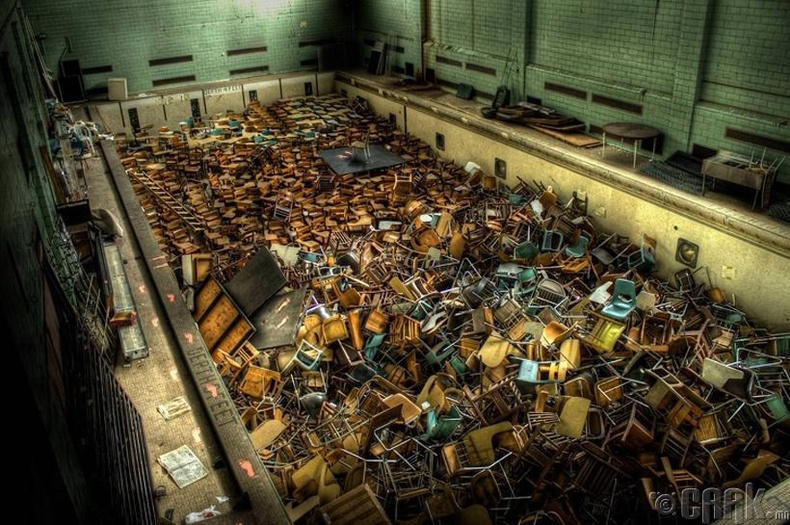 Рочестерийн их сургууль дахь хаягдсан бассейн - Нью-Йорк