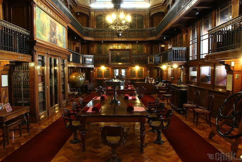 Чилийн үндэсний номын сан, Сантьяго
