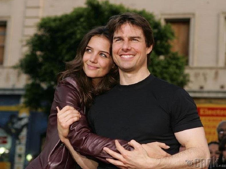 Кэти Холмс (Katie Holmes) болон Том Крус (Tom Cruise)