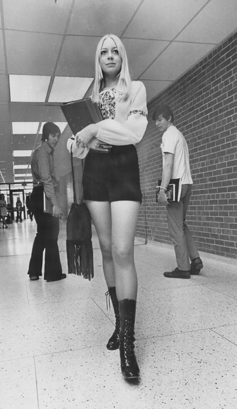 Торонтогийн их сургуулийн оюутан - 1971