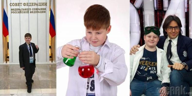 Залуу эрдэмтэн Илья Раевский