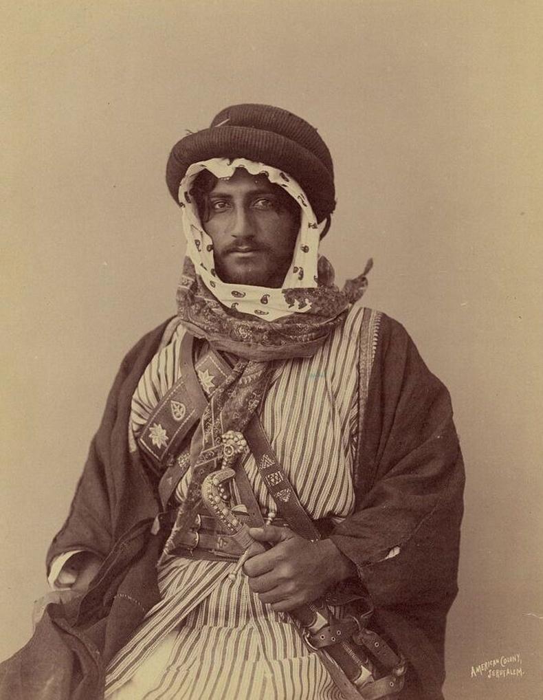 Хойд Африкийн Бедуин дайчны хөрөг, 1900