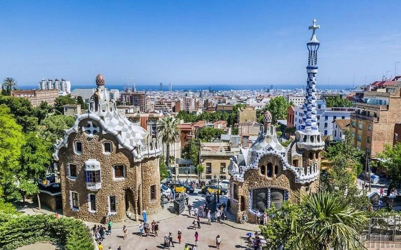 Барселон - Испани